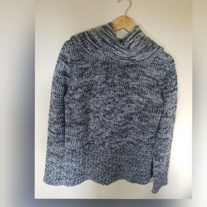 SALE 30% OFF Denver Hanyes turtleneck cozy sweater